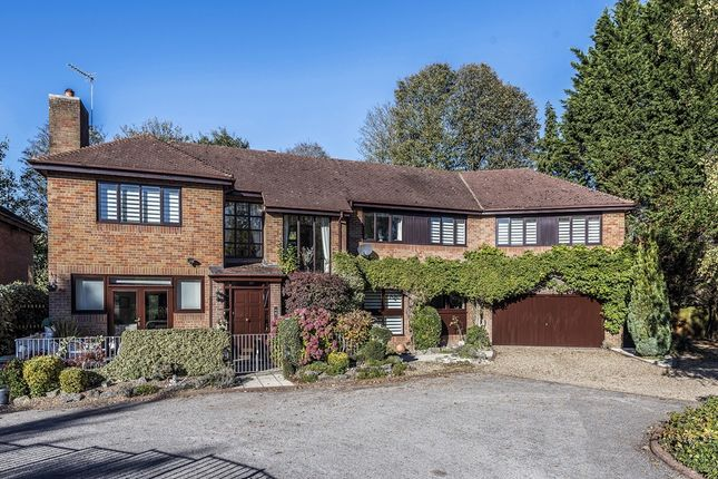 Thumbnail Detached house for sale in Lake Drive, Bushey Heath