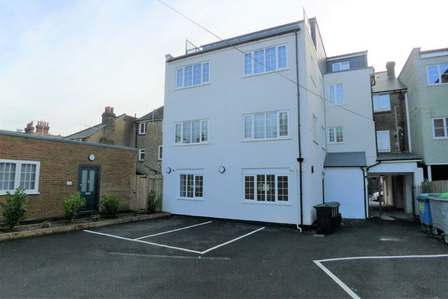 Thumbnail Flat to rent in High Street, Orpington