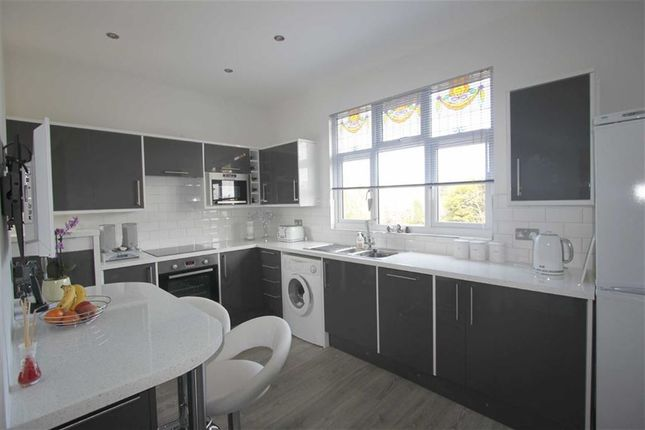 Thumbnail Flat to rent in Gloucester Terrace, Southend On Sea, Essex