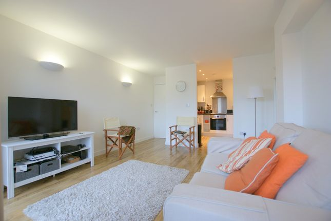 Thumbnail Property to rent in Stepney Way, London