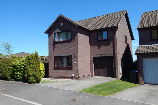4 bed property to rent in Celandine Court, Ty Canol, Cwmbran