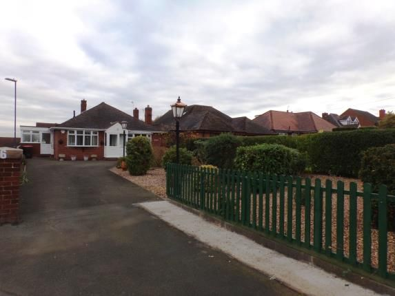 Thumbnail Bungalow for sale in Hill Top, Baddesley Ensor, Atherstone, Warwickshire