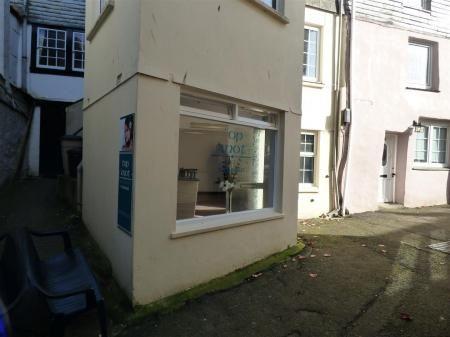 P1180867 of Cliff Street, Mevagissey, St. Austell PL26