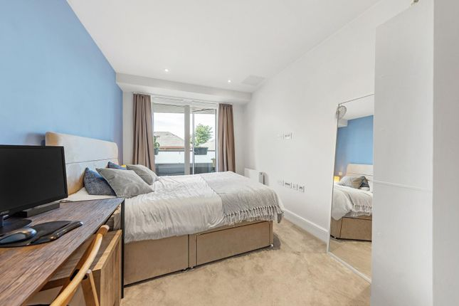 Bedroom (2) of New Park Road, London SW2