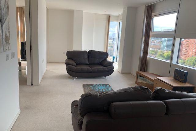 Flat to rent in Wharfside Street, Birmingham