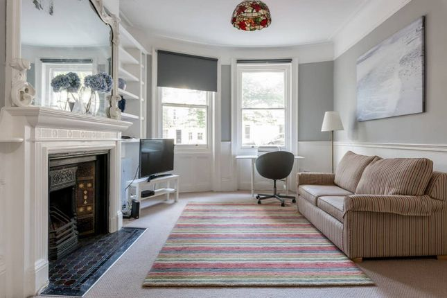 Thumbnail Terraced house to rent in Powis Square, Brighton, East Sussex