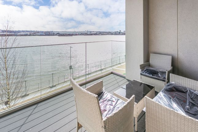 Thumbnail Flat to rent in Royal Victoria/ Royal Wharf, London Royal Wharf