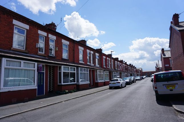 Terraced house to rent in Normanby Street, Rusholme