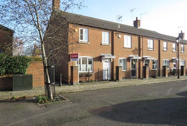 Front of Windmill Close, Aylesbury HP19