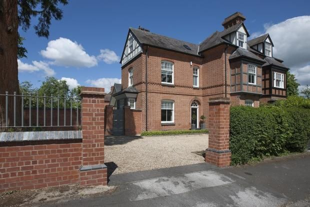 Thumbnail Semi-detached house to rent in Granville Road, Dorridge, Solihull