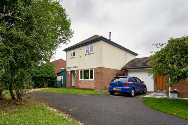 2 bed detached house for sale in Higher Meadow, Clayton-Le-Woods, Chorley PR25