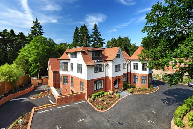 Thumbnail Flat for sale in Tower Road, Hindhead