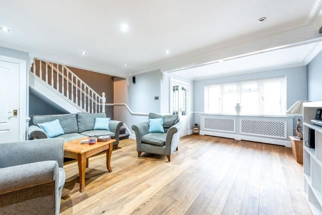Lounge of Rainham, Essex, United Kingdom RM13