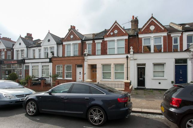 1 bed maisonette to rent in Brookwood Road, Southfields