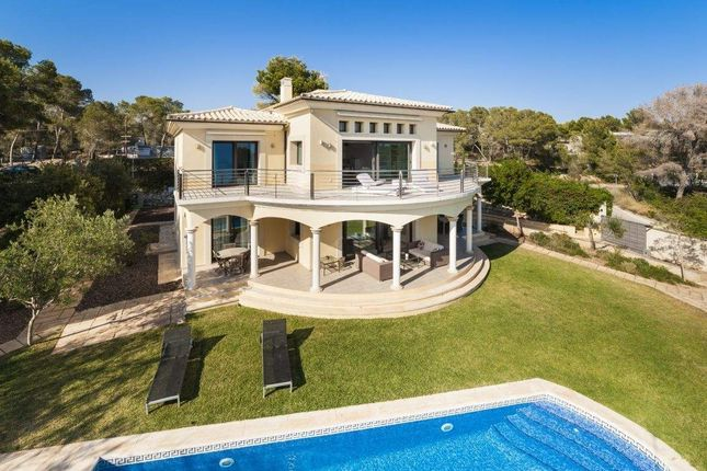 5 bed villa for sale in 07184 Calvià, Balearic Islands, Spain