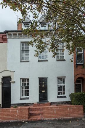 Thumbnail Town house for sale in Broad Street, Syston, Leicester
