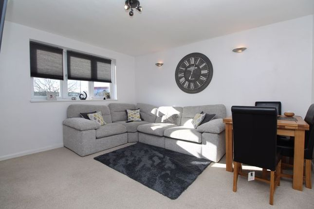 Thumbnail Flat for sale in Hereford Road, Bedford