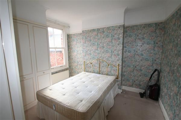 Bedroom 1 of Alexandra Road, London NW4