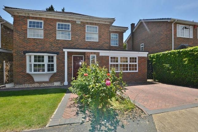 Thumbnail Detached house to rent in Fairmark Drive, Hillingdon