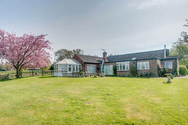 Thumbnail Detached bungalow for sale in Dusthouse Lane, Finstall, Bromsgrove
