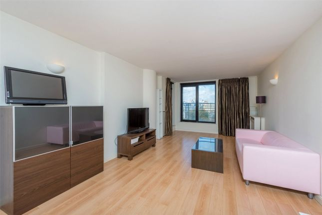 Flat in  Point West  Cromwell Road  South Kensington  Notting Hill