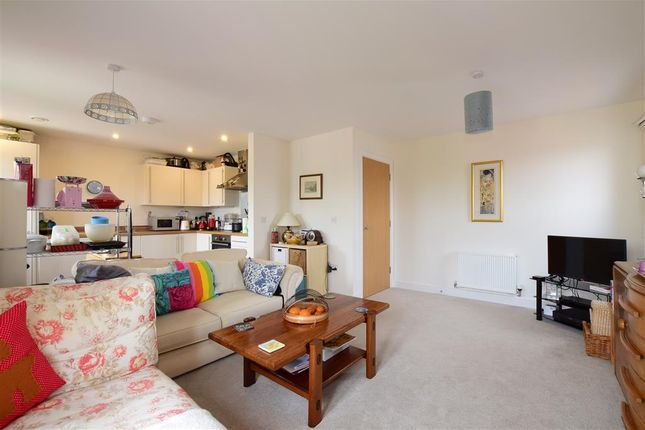 Thumbnail Flat for sale in Longley Road, Chichester, West Sussex