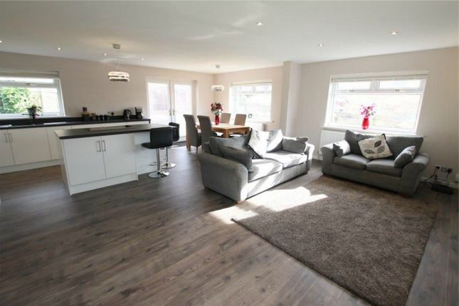 Thumbnail Detached house for sale in Knowl Road, Mirfield