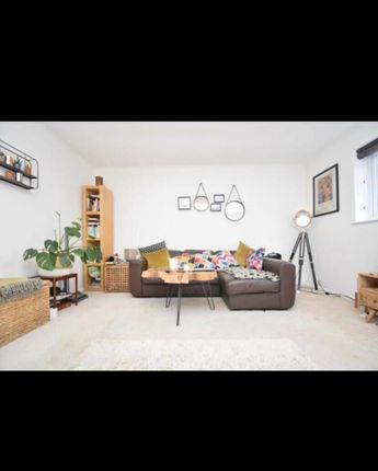 1 bed flat to rent in Clive Road, Belvedere, Kent DA17
