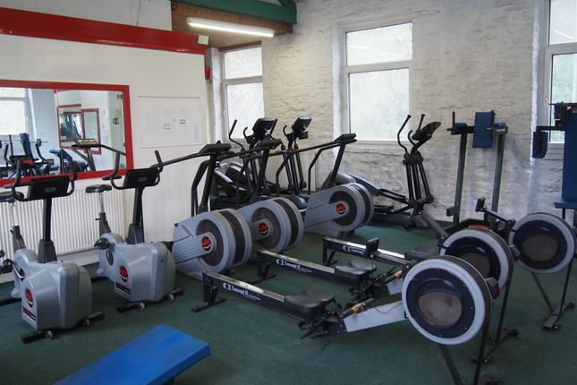 Leisure/hospitality for sale in Gymnasium & Fitness HD8, Scissett, West Yorkshire