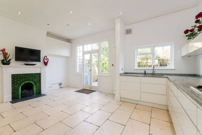 Thumbnail Property to rent in South Parade, Bedford Park