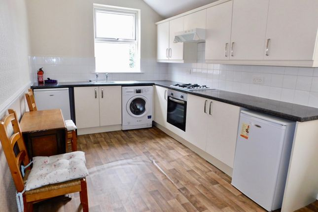 Thumbnail Flat to rent in Hinckley Road, Leicester