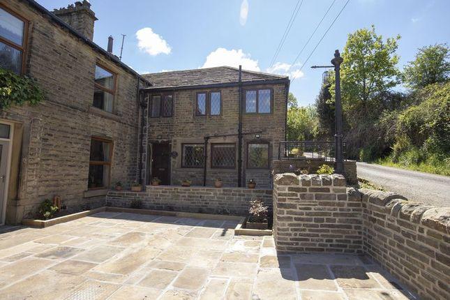Thumbnail Cottage to rent in 3 Glen Hey, Hey Lane, Scammonden, Huddersfield