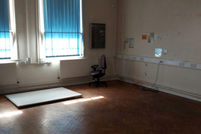 Thumbnail Room to rent in Stoke Road, Bromsgrove