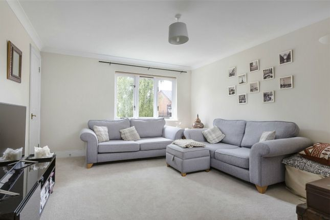 Thumbnail Flat for sale in Granville Road, St Albans, Hertfordshire