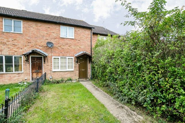 Thumbnail Terraced house for sale in Buchans Lawn, Crawley