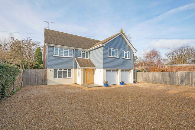 Thumbnail Detached house for sale in Hillside, Horsham