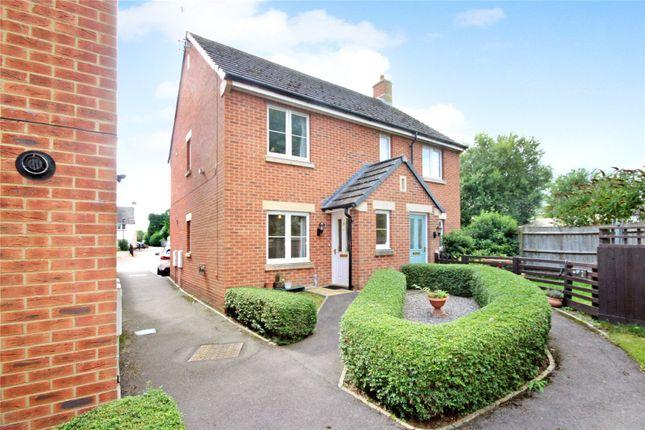 2 bed flat for sale in John Alder Close, Chiseldon, Wiltshire SN4