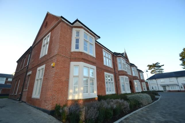 Thumbnail Flat for sale in Wood Street, Chelmsford, Essex