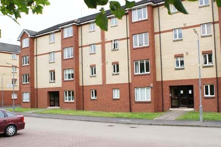 Thumbnail Flat to rent in Bulldale Street, Yoker