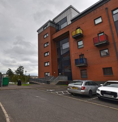 Thumbnail Flat for sale in Cardon Square, Braehead, Renfrew