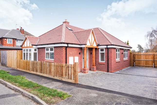 Thumbnail Detached bungalow for sale in Cliffwood Avenue, Leicester