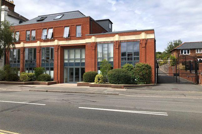 2 bed flat for sale in The Barbican, East Street, Farnham, Surrey GU9