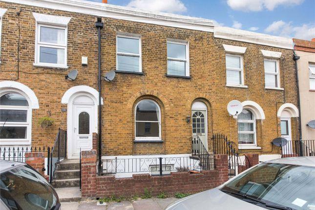 Picture No. 14 of Wellington Street, Gravesend, Kent DA12