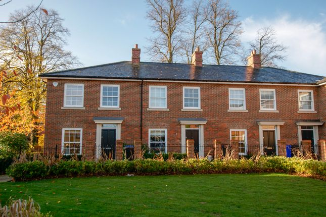 Thumbnail Mews house for sale in High Street, Hartley Wintney