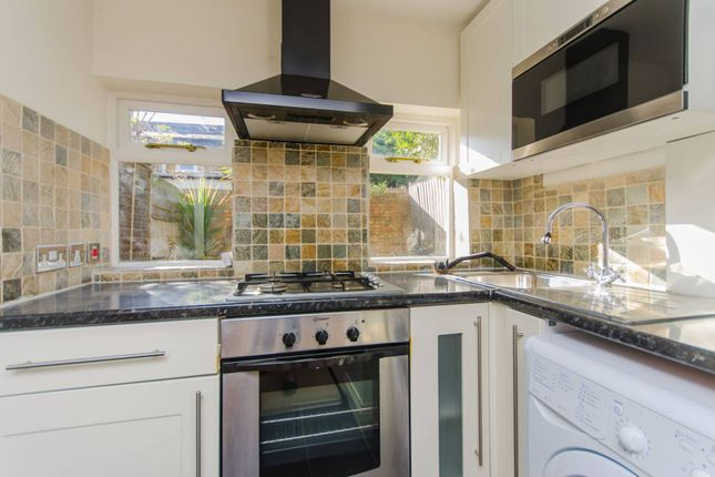 Thumbnail Flat to rent in Waldegrave Road, Crystal Palace