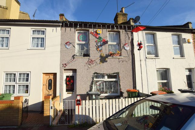 Thumbnail Property for sale in Wellington Road, London
