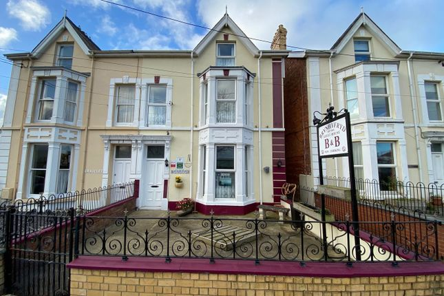 Thumbnail Hotel/guest house for sale in Park Place, Cardigan