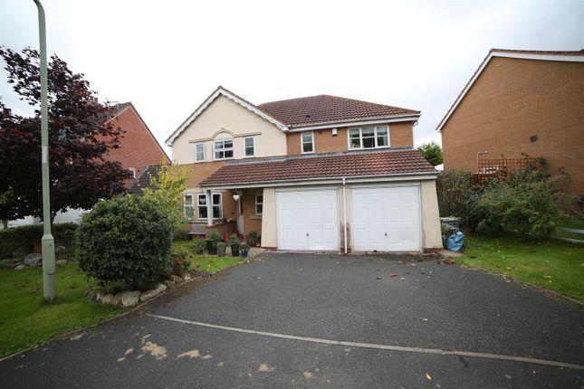 Thumbnail Detached house for sale in Davenham Walk, Telford