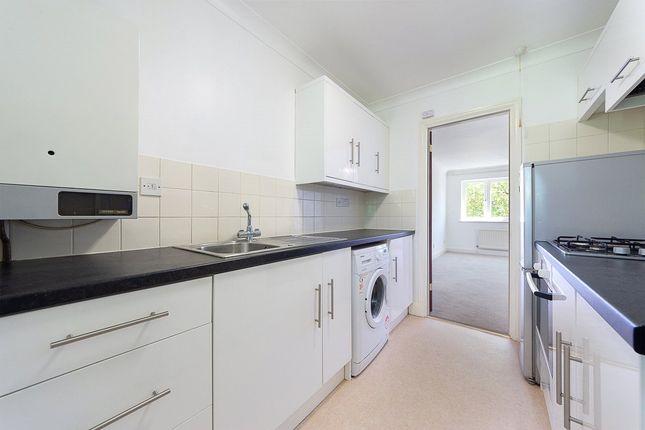 Studio to rent in Bluegates, Ewell, Epsom KT17