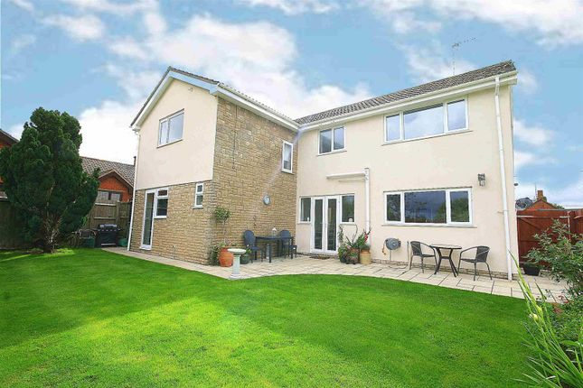Thumbnail Detached house for sale in Dunton Road, Stewkley, Bucks